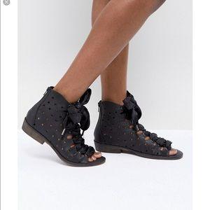FP Palms Lace Up Sandals